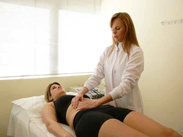 Dra. Alessandra Vascelai - Fisioterapia Drenagem Linfática Manual